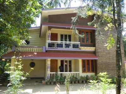 3600 Sqft 5 BHK Duplex Villa on 22 Cents of Land for sale Near Kizhakkenada, Guruvayoor,Thrissur.