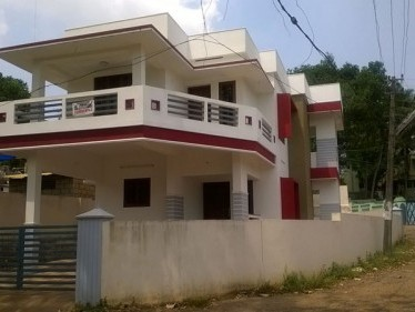 2400 Sq.ft 4 BHK House on 5.5 Cent land for sale at Peroorkada,Thiruvananthapuram.