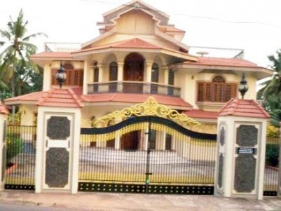 6000 Sq.ft 6 BHK Beautiful House with 45 Cent Land for sale at Thiruvalla,Pathanamthitta.