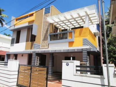 1950 Sq.Feet 4 BHk House for Sale at Elamakkara, Ernakulam