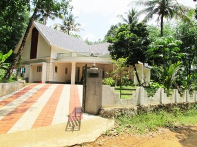 2400 Sq.Feet 4 BHk House on 91.25 Cents of Land for Sale at Pidavoor,Kozhippilly,Kothamangalam,Ernak