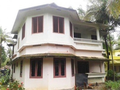 1750 Sqft 4 BHK Double Storied House for sale at Thazhekode,Perinthalmanna,Malappuram.