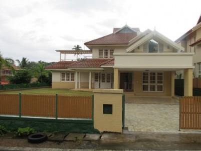 Lake Serene Villas for sale at Muttom,Thodupuzha,Idukki.