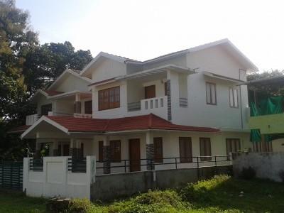 2650 Sqft 4 BHK House for sale at Kadappuram road,Alavil.Kannur.