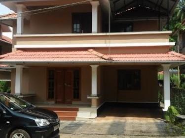 2150 Sq.ft 4 BHK Villa on 5.5 Cent land for sale at Thondayad, Kozhikode.