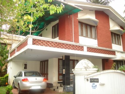 Independent House in 11 cents Land for Sale at North Janata Palarivattom, Ernakulam
