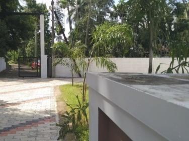 4 Cent 1700 Sqft 3BHK Independent Vasthu Based Villa for Sale at Nettoor , Ernaklam