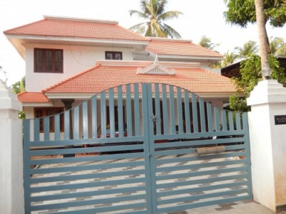 2200sqft house in 11.25 cent 6 km from heart of thrissur