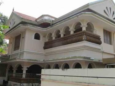 4200 Sq.ft Bungalow for sale at Irumpanam,Ernakulam.