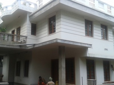 9 Cents of land with 2900 Sqft 4 BHK house for sale at Puthiyatheru,Kannur.