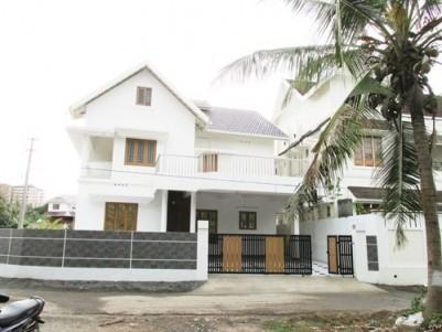 2220 Sq:Feet 4 BHK Villa on 6 Cents Land for Sale  Near Palachode Road,Kakkanad,Ernakulam.