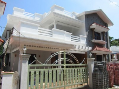 2400 Sqft 5 BHK House on 7 Cents of Land for sale at Poochatty,Thrissur.