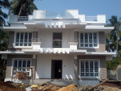 1700 Sq ft 3 BHK House with 5 cents of land for sale at POOCHATTY ,THRISSUR