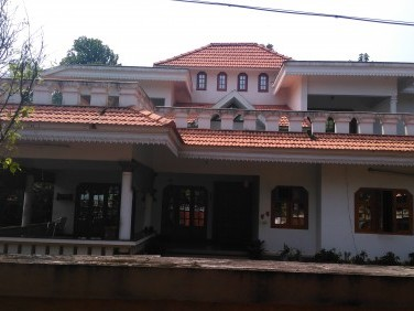 4600 Sqft 5 BHK Luxury House for sale at Thazhechovva,Kannur.