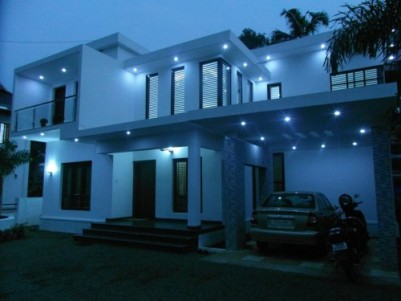 2500 Sq.ft 3 BHK House on 7 Cents of land for sale at Ettumanoor,Kottayam.