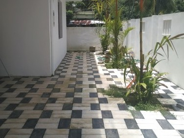 6 Cent 2500 Sqft New house For Sale at Panangad, Ernakulam