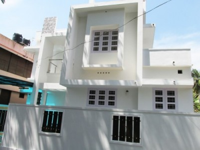 2000 Sq.Feet 5 BHK House on 4 Cents of Land for Sale near Aster Medicity,Cheranelloor,Ernakulam.