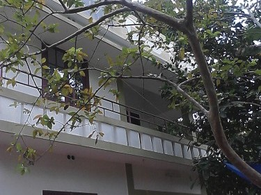 1200 Sqft 4 BHK house on 3.9 cents of land for sale at Kumbalanghi,Ernakulam Dsitrict.