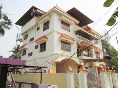 Excellent 3 Storey Building (4000 Sq.Ft) for Rent at Girinagar,Kadavanthra,Ernakulam.