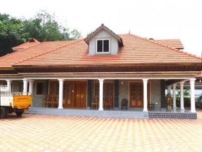 4900 sq.ft Brand new villa for sale at Thodupuzha, Idukki