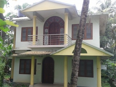 8 Cents of land with 2000 Sqft 3 BHK house for sale at Puthiyatheru,Kannur.