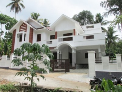 2950 sq.ft 4 BHK posh house for sale at Angamaly, Ernakulam