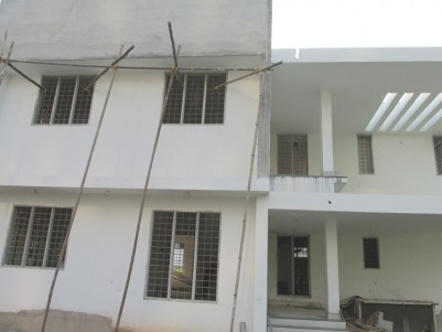 2256 Sqft 4 BHK Posh villa on 4.809 cents of land for sale at Palarivattom, Ernakulam