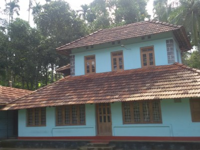 4.5Acre Land with  3500SQ.FT 8BHK Mana  for sale at Sulthan Bathery,Wayanad