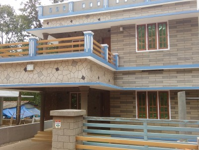 New 4 BHK House for sale in Thiruvalla - Mallappally Road, Pathanamthitta