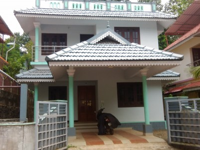 4 BHK House for sale at Thiruvalla mallappally road, Pathanamthitta