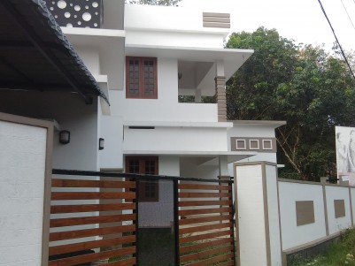New Double Storied house for sale in Thiruvalla - Mallapally Road, Pathanamthitta