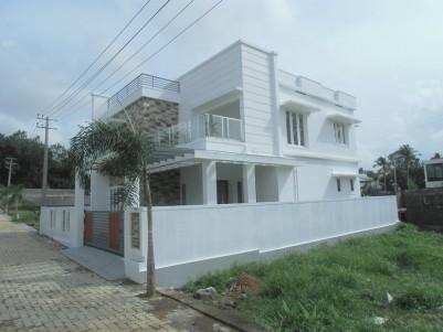 Modern House for sale at Aluva Town, Ernakulam