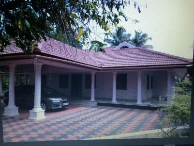 3000 Sq Ft 3 BHK Nalukettu for Sale at  Kadungalloor, Aluva, Ernakulam