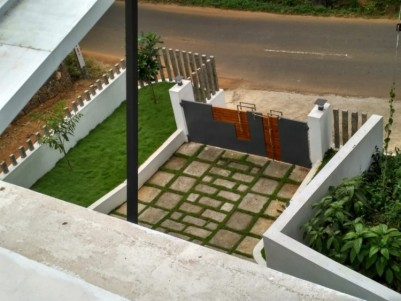 3100Sq ft 4 Bhk New House for Sale at Moolakulam, Ernakulam.
