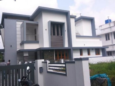 2100 Sq Ft 4 BHK  on 5.6 Cent House For Sale at Mannam, Paravoor.
