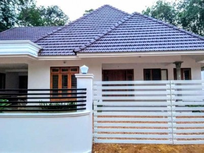 2350 Sq.Ft, Fully Furnished 4 BHK Villa on 14 Cents for Sale at puliyanoor, Pala