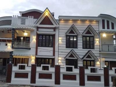3800 SqFt, 5 BHK House on 7 Cents of Land for Sale at Elamakkara, Ernakulam