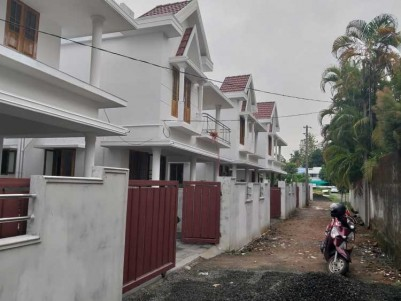 2000 SqFt 4 BHK New House on 4 Cents for Sale at Chembumukku, Kakkanad, Ernakulam