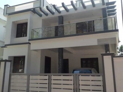 2400 SqFt, 4 BHK House on 5.25 Cent for Sale at Kakkanad, Ernakulam