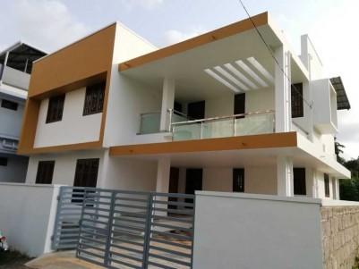 2280 SqFt, 4 BHK House on 4.850 Cent for Sale at vazhakkala, Ernakulam