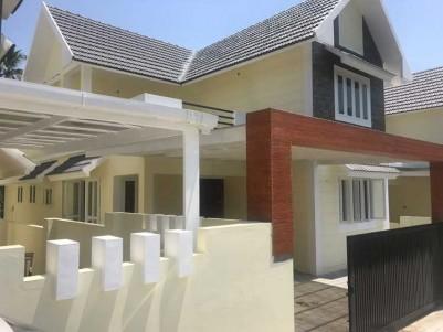 2300 SqFt, 4 BHK New House on 5.15 Cent for Sale at Kakkanad, Ernakulam
