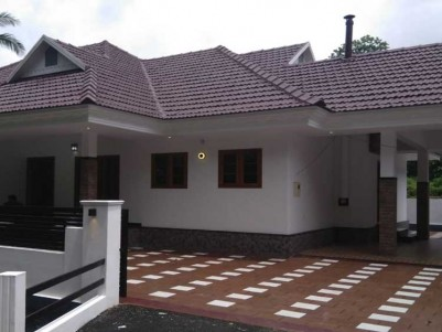 2000 SqFt, 4 BHK House on 10 Cent for Sale at Pala, Thodupuha road