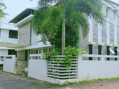Ultra Modern Posh House  for Sale at Kadavanthra, Ernakulam