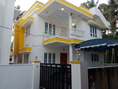 1700 Sq.Ft 3 BHK Brand New House for Sale in Karikkakam