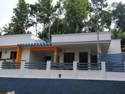 2000 SqFt, 3 BHK New model House on 9 Cent for Sale at Near Manarkadu Junction, Kottayam