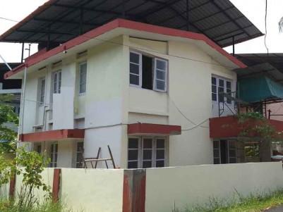 Independent House/Villa for Rent at Panampilly Nagar, Ernakulam.