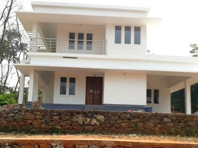 4 BHK Beautiful House on 12 Cent for sale at Muttom-town, Thodupuzha
