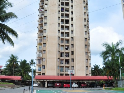 Spacious 3 BHK Apartment for Sale at Vytilla, Close to Mobility Hub and Metro Station.
