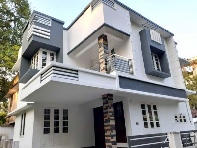 3 BHK, 1350 SqFt New House in 2.5 Cents for Sale at Vennala, Ernakulam