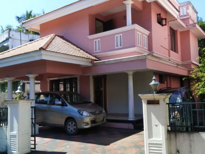 3 BHK, 1700 SqFt House in 5.5 Cents for sale at Eroor, Ernakulam
